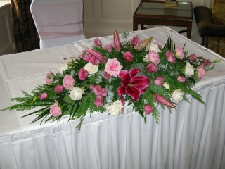 Top Table Arrangement 13